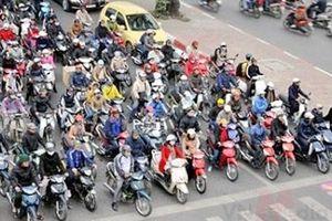 Xe máy còn là phương tiện lưu thông chính trong vài chục năm nữa