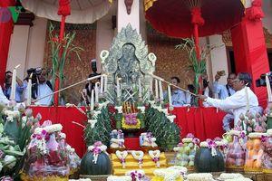 Người dân Campuchia tưng bừng chào đón năm mới