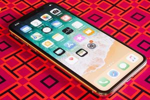 Cách 'thêm khe thẻ nhớ' trên iPhone với giá 14 USD