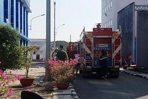 Cháy trạm biến áp ở Sài Gòn, nhiều quận mất điện hơn 1 giờ