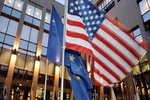 EU sẽ nối lại đàm phán thương mại với Mỹ bất chấp leo thang căng thẳng về thuế quan