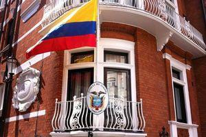 Ecuador: 'Cha đẻ' WikiLeaks lợi dụng đại sứ quán nước này làm trung tâm gián điệp