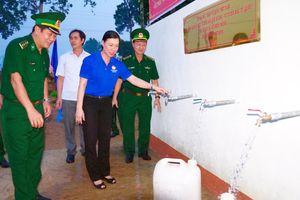 Bàn giao công trình nước sạch cho quân, dân khu vực biên giới các tỉnh Tây Nguyên