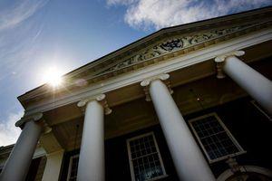 Đại học Harvard lần đầu tham gia thị trường tiền mã hóa