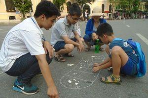 Hà Nội: Phố đi bộ hồ Gươm kéo dài thời gian hoạt động dịp lễ Giỗ tổ Hùng Vương
