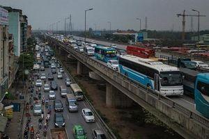 Sau nghỉ lễ Giỗ Tổ, giao thông ùn tắc kéo dài tại các cửa ngõ Thủ đô
