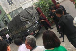 Hàng trăm cảnh sát mang súng vây bắt ổ nhóm, thu giữ gần 700 kg ma túy