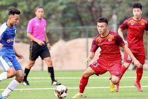 HLV trưởng U18 Việt Nam Hoàng Anh Tuấn: 'Có một vài cầu thủ U18 hiện tại đủ khả năng dự bị SEA Games cuối năm'