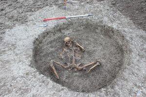Bí hiểm 'hài cốt người bị hiến tế' 3000 năm tại Anh