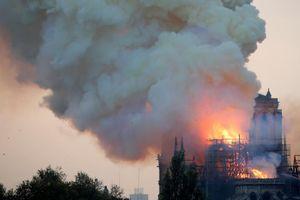 Nhà báo Trương Anh Ngọc: 'Tim nhói đau khi Nhà thờ Đức Bà cháy rụi'