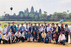 Đi thực tế sáng tác ca khúc hữu nghị Việt Nam - Campuchia