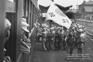 Hình ảnh hiếm hoi về lính 'học sinh' Hàn Quốc trong Chiến tranh Triều Tiên