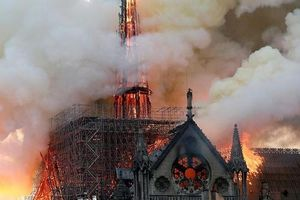 Cháy nhà thờ Đức Bà Paris: Nhiều câu hỏi được đặt ra