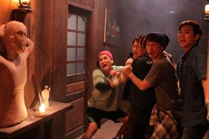 'Lật mặt: Nhà có khách' cháy vé, thu 60 tỷ đồng sau 4 ngày công chiếu