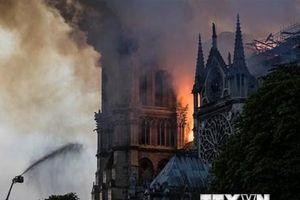 Cấu trúc Nhà thờ Đức Bà Paris được bảo vệ nguyên vẹn sau vụ cháy
