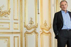 Choáng với khối gia sản của tỷ phú vừa chi 100 triệu euro xây lại Nhà thờ Đức Bà Paris