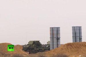 CLIP: 'Rồng lửa' S-300 của Nga phóng liên tiếp loạt tên lửa phòng không