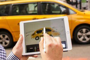 Người dùng iPad Pro không thể mở khóa xe hơi vì bệnh lạ của Apple Pencil