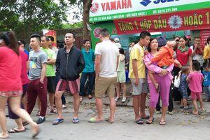 Hà Nội: Cháy căn hộ tại tầng 32 chung cư Linh Đàm, hàng nghìn người hốt hoảng ôm con nhỏ tháo chạy