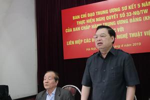 Văn nghệ sĩ là lực lượng xung kích trên mặt trận văn hóa, xây dựng con người Việt Nam