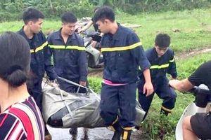 Cảnh sát thông tin điều tra vụ nữ sinh lớp 12 nhảy cầu Hồ tự tử do bị hiếp dâm