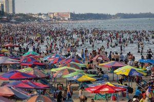 Các điểm du lịch sau ngày nghỉ Giỗ tổ Hùng Vương: Nơi tranh thủ 'chặt chém', nơi chìm trong 'biển rác'
