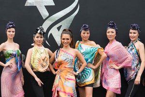 Nhà thiết kế Trisha Vũ trở lại ấn tượng sau 6 năm vắng bóng