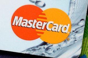 Kiện Mastercard vì... tính phí giao dịch quá cao