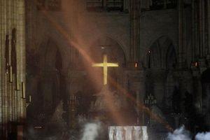 Nhà thờ Đức Bà Paris đã báo động 23 phút trước khi phát hiện đám cháy