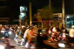 Dân chơi kéo nhau đua xe trái phép, live stream trên facebook