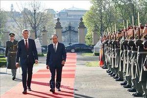 Thủ tướng CH Séc chủ trì lễ đón chính thức Thủ tướng Nguyễn Xuân Phúc
