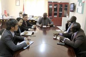 Tăng cường phát triển hợp tác kinh tế thương mại Việt Nam - Gambia