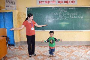 Ở lớp này, dạy một trẻ khó bằng mười lớp khác