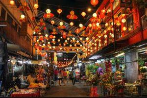 Một ngày dạo quanh Sài Gòn cùng Phan Thanh Bình và Jennifer Phạm