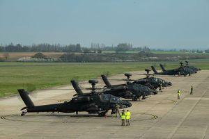 Lý do Anh bất ngờ điều 5 trực thăng tấn công Apache tới Estonia là gì?