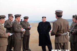 Nhà lãnh đạo Triều Tiên Kim Jong-un thị sát một đơn vị không quân