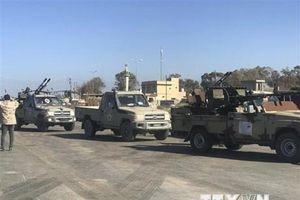 Libya: Trung tâm thủ đô Tripoli bị tấn công bằng rocket