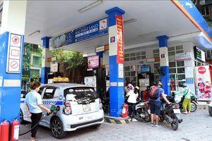 Tăng giá xăng dầu từ 15 giờ ngày 17/4, cao nhất tới 1.202 đồng