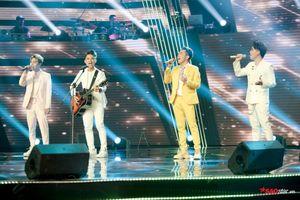 Tập 1 - The Voice 2019: 'Màn chào sân' của nhóm nhạc Lovely Boiz chính thức cán mốc 'triệu view'!