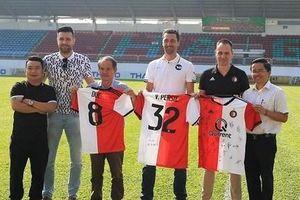 Giám đốc CLB Feyenoord Rotterdam: Nhiều cầu thủ Việt đủ sức chơi bóng ở Hà Lan