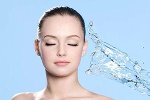 Những cách giúp bạn giảm nhờn da mặt trong những ngày chuyển mùa