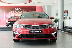 Cận cảnh xe Kia Optima facelift 2019: nâng cấp trang bị, giá bán thấp nhất phân khúc