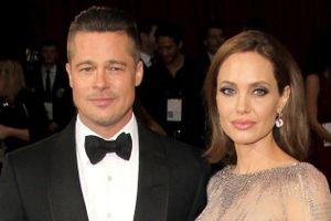 Angelina Jolie bất ngờ đổi tên họ sau khi được tòa án xác nhận độc thân