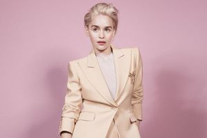 Soi tủ đồ của Emilia Clarke - sao nữ nổi bật nhất Game of Thrones