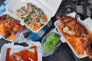 'Bữa ăn đắng' của tài xế giao hàng và vấn nạn 'bom hàng' gây bức xúc