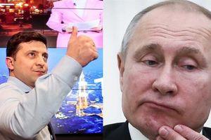 Danh hài Ukraine đang thắng thế, bị cáo buộc thông đồng Nga