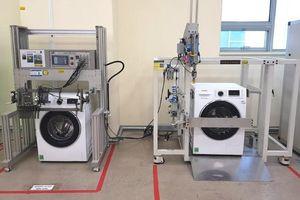Máy giặt Samsung phải trải qua 150 thử nghiệm trước khi xuất xưởng