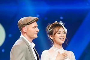 Kyo York – Hồng Đào song ca 'Xin gọi nhau là cố nhân' nhận lời khen của giám khảo
