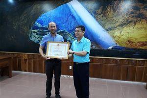 Giám đốc MAG Việt Nam Simon Rea – người tích cực 'săn mìn' tại Quảng Bình