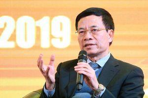 Bộ trưởng Nguyễn Mạnh Hùng: 'Đến năm 2020 hầu hết người dân sẽ sử dụng smartphone'